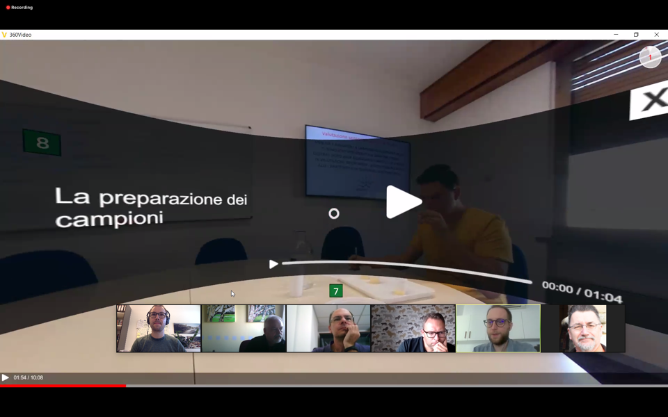 Lapo Pierguidi (Italy) presenting interactions in a 360°-video tour.